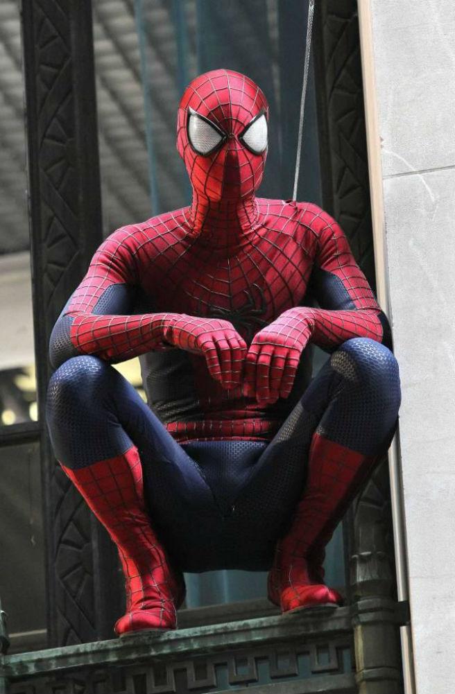 Un repaso al nuevo traje de El Sorprendente Hombre Araña