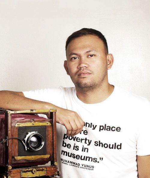 alex-jr-cineasta-filipino-presenta-su-pelicula-a-blanco-y-negro-death-march