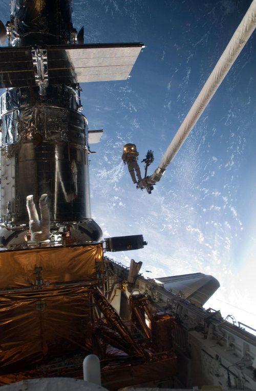 gravity-nasa-felicita-a-gravity-publicando-imagenes-reales-del-espacio-galeria-4
