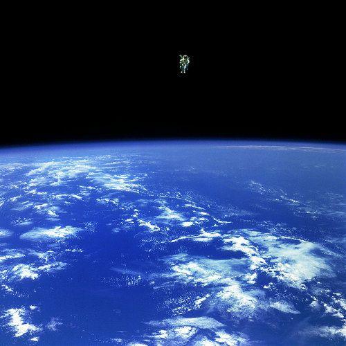 gravity-nasa-felicita-a-gravity-publicando-imagenes-reales-del-espacio-galeria-8