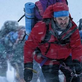 Everest, la película que recrea la primera gran tragedia en el pico más alto del mundo