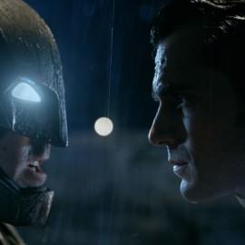 Batman V Superman: El Origen de la Justicia presenta nuevo trailer en el ComicCon de San Diego 2015