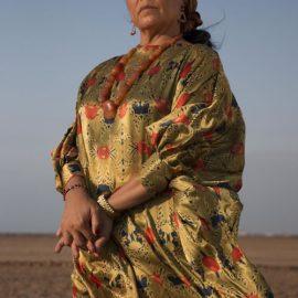 Entrevista a Carmiña Martínez, la actriz detrás de la Corleone en Pájaros de Verano